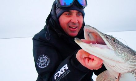 Uncut Angling – Manitoba – Paul's first time ice fishing for Pike!