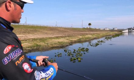 Bass Fishing: How to Fish a Popper – Topwater Fishing with Scott Martin