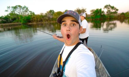 I HOOKED MYSELF!!! – Pond Hopping for Fall Bass FAIL!!!