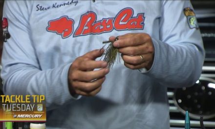 Bassmaster – How Steve Kennedy quickly makes his own jig skirts