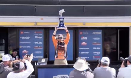 Bassmaster – Yamaha Clip of the Day: Mueller's winning weigh-in moment at the St. Johns River