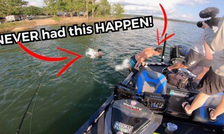 Scott Martin Pro Tips – CRAZY FANS Climb in my Boat!