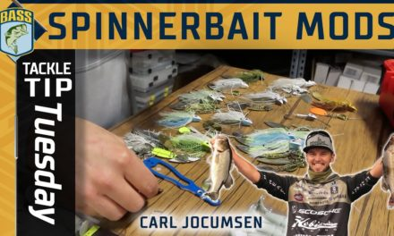 Bassmaster – Customizing a Spinnerbait out of the package with Carl Jocumsen