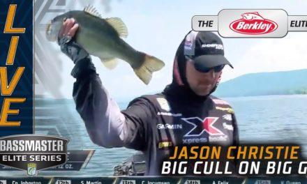 Bassmaster – Jason Christie culls big! (Moving up on Guntersville)